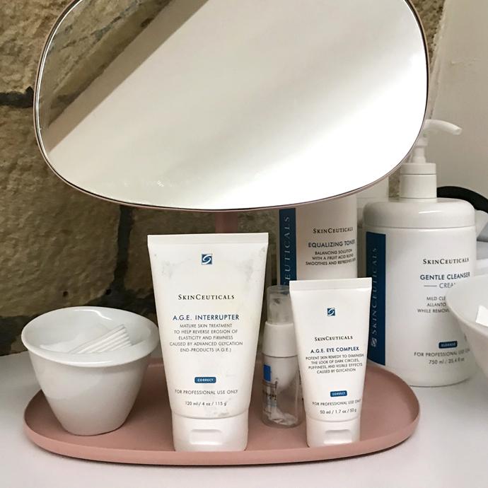 Le Soin Hydrafacial X SkinCeuticals au Holistic & Aesthetics Spa